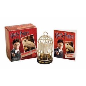 423-735724-0-5-harry-potter-hedwig-owl-kit-and-sticker-book