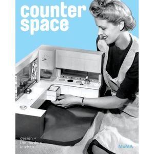 22411991-counter-space